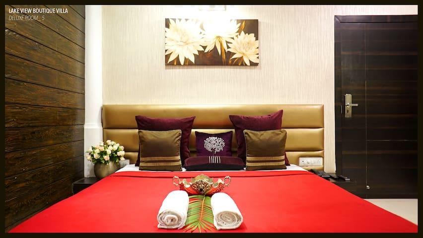 Monsoon lake Hotel lonavala- Deluxe Room 2