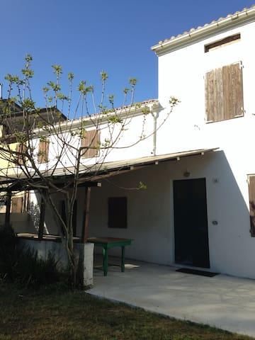 Logement en dortoir pour groupes - Fano - Slaapzaal