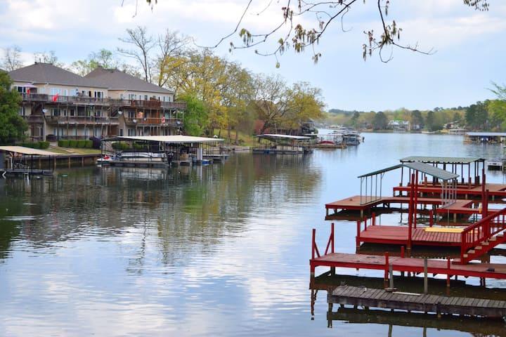Lake Hamilton Lake House/Private Boat Dock/Kayaks