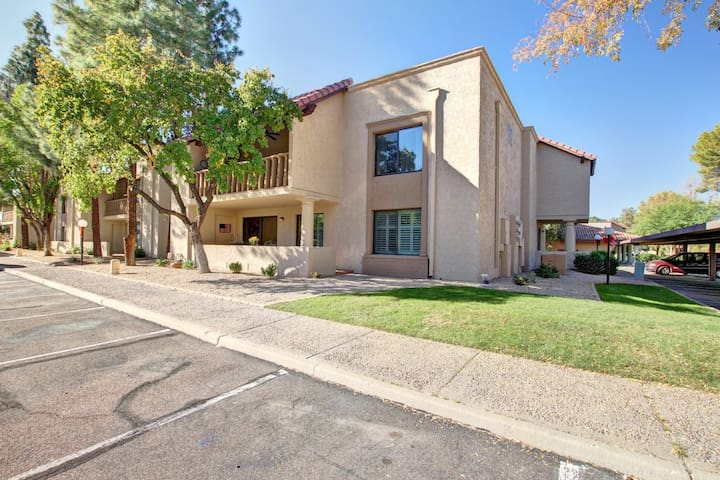 Cozy Scottsdale Condo - Close to Everything!
