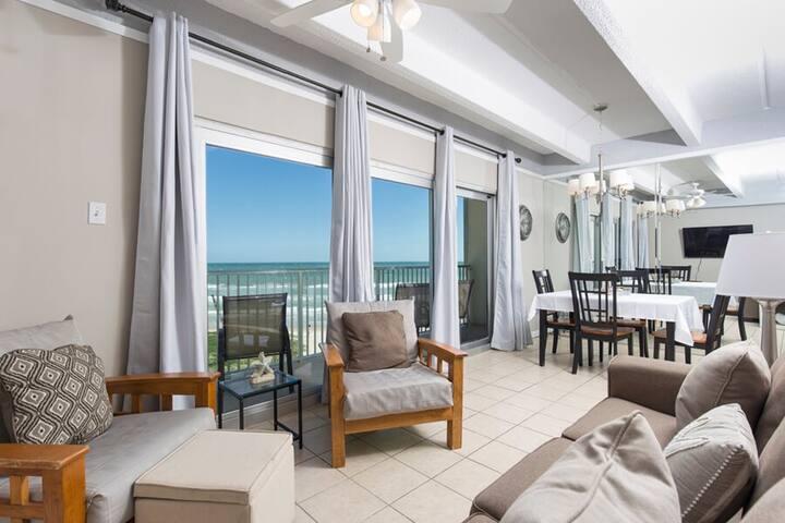Full Beach View on the 7th Floor 2 bedroom 1 Bath