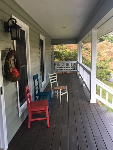 Brookfield Blue Ridge Mountain Retreat - Sparta - Casa