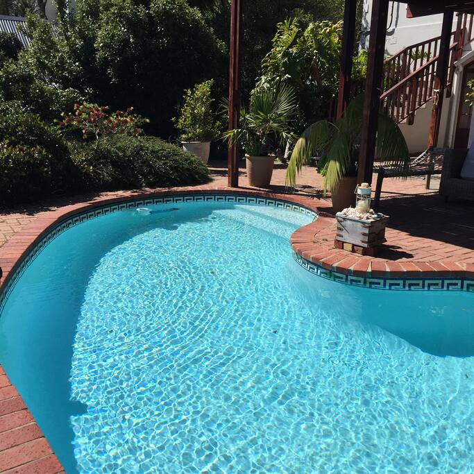 Pool - Level 2