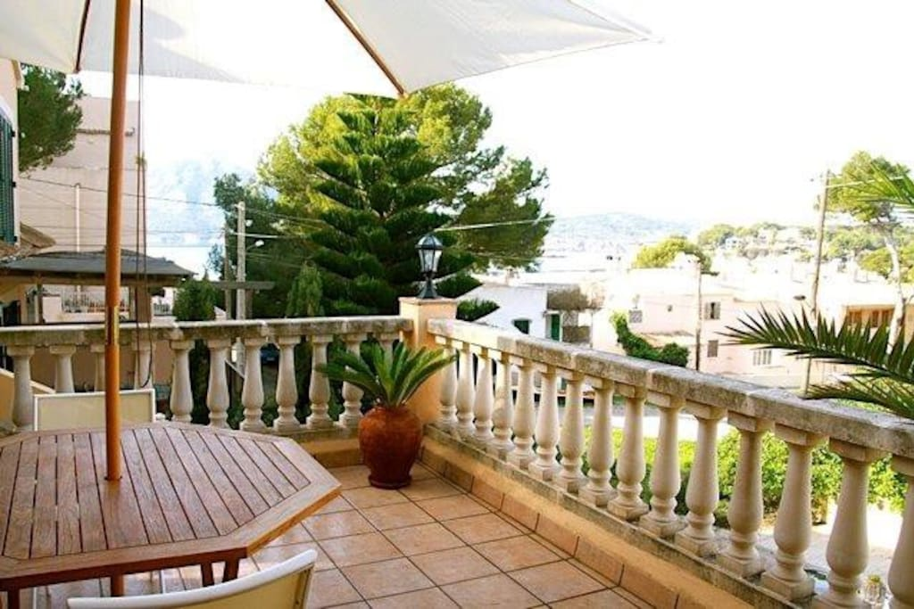 Terrace with bay views