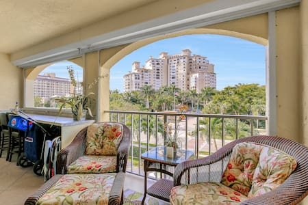 Luxury indulgence beach access - Marco Island
