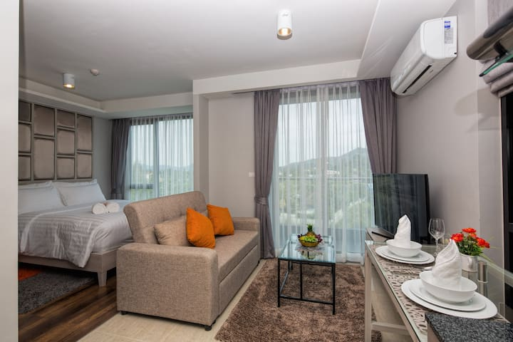 Beautiful Well Designed Studio@Surin, beach  -650m - Phuket - Appartamento