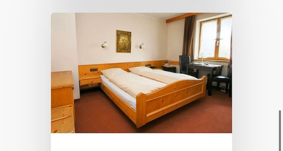 Hotel zur Ulme Bed & Breakfast