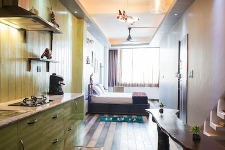 Tastefully designed Studio - New Delhi