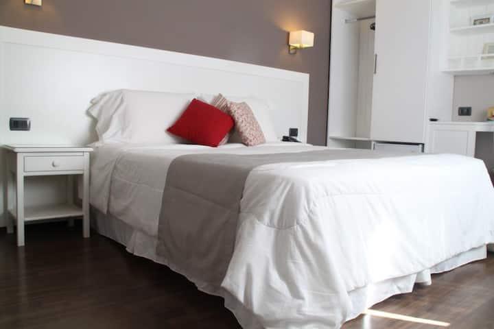 Habitación privada con desayuno y wifi incluido