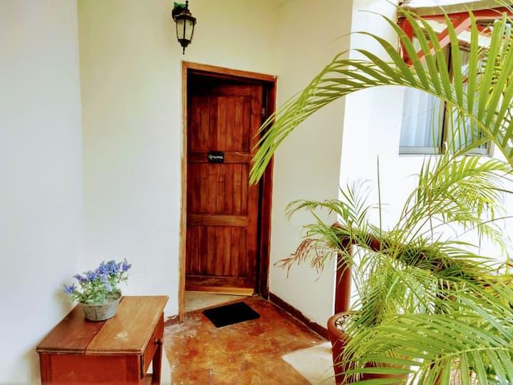 Suite Africanos con Terraza de 2 a 4 personas