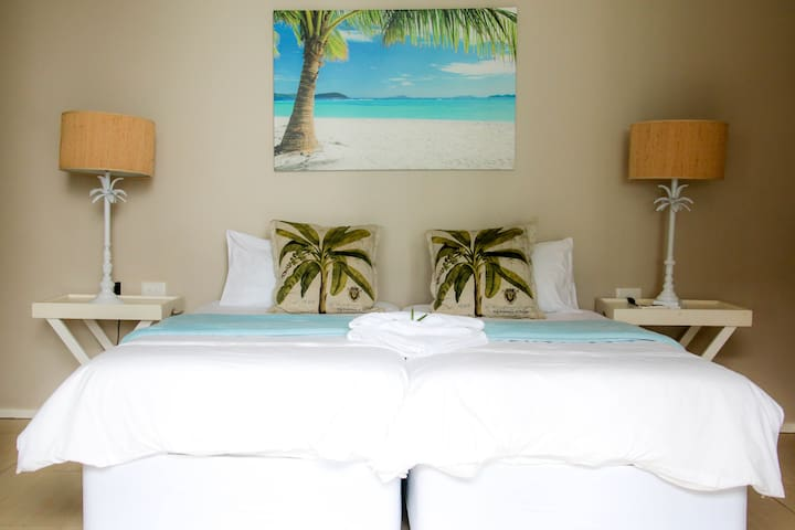 3rd Guest Bedroom with En-suite