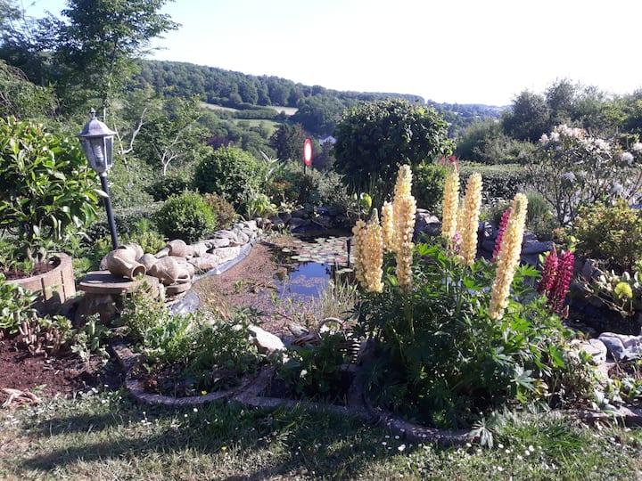"Studio neuf     ""Au jardin fleuri"""