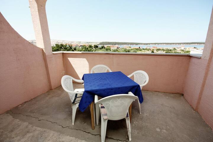 Room with terrace and sea view Barbat, Rab (S-5070-b)