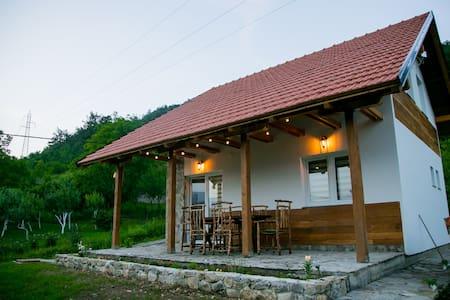 Nektar Park Villa Sara