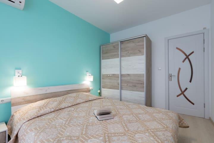 Уютный апартамент с одной спальней
