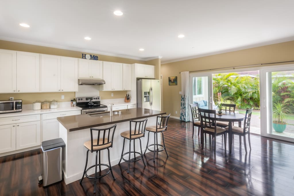 A lovely shared kitchen and dining area.