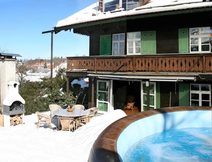 Schatzl´s Hütte  Pool, Sauna, Bergblick, Altstadt