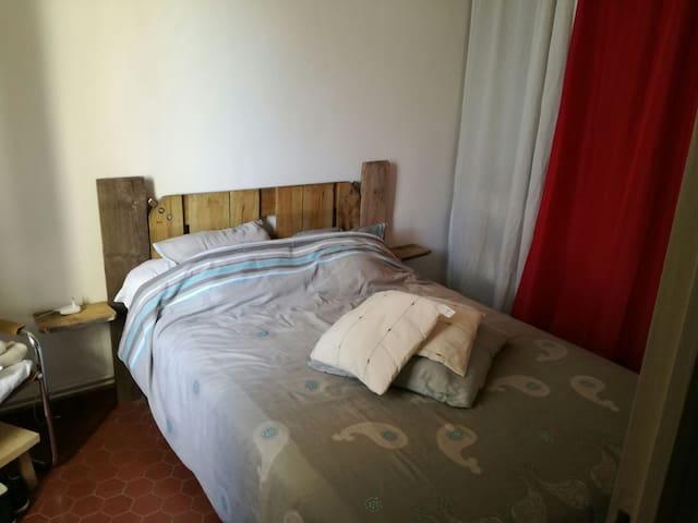 Appartement de 52m2 dans village - flayosc - Pis