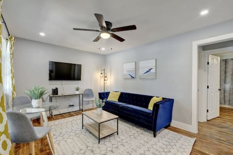 Cozy! 1 mile from TX State & Downtown San Marcos