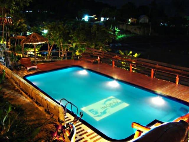 Phi Phi Ingphu Viewpoint Hotel - Phi Phi Islands - Casa
