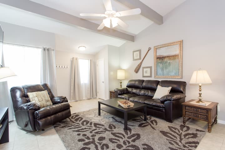 Updated Aggieland Condo