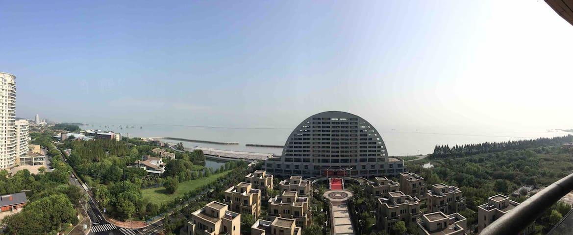 一线太湖湖景小资情调Loft双阳台度假套房