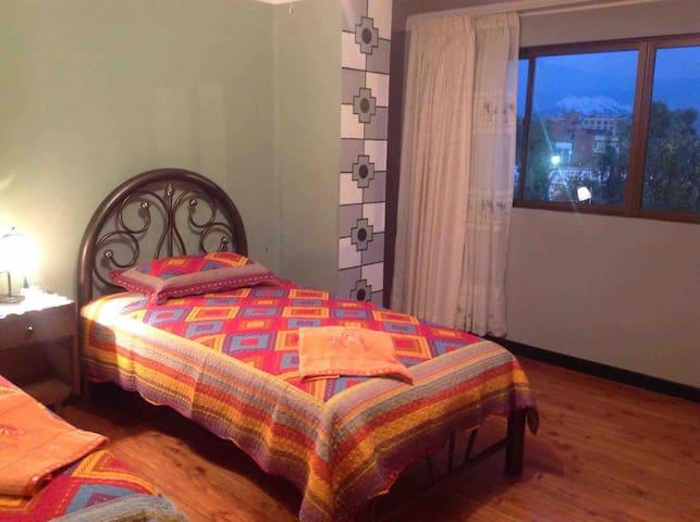 Private room right in the heart of La Paz