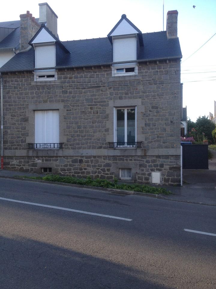 appartement à deux pas de la rue Notre-Dame (2)