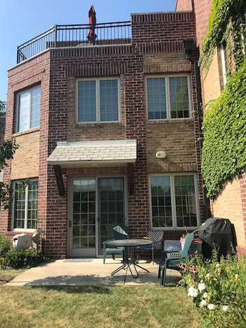 Modern riverfront townhome in Downtown South Bend