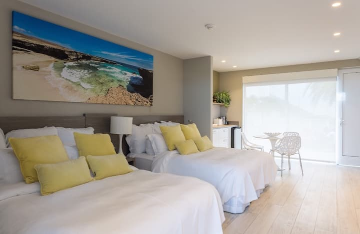 Best boutique hotel in the Island . Ocean view.