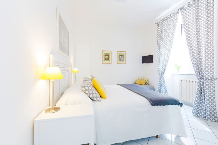B&B Piazza Fratti Mare - double room Nautilus - Civitavecchia - Bed & Breakfast