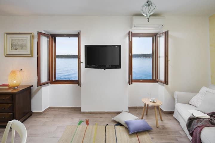 Apartment Castello Sea View