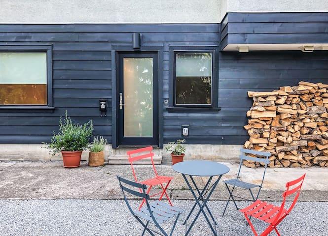 Hamilton 2 Bed Garden Guest Suite - North Shore