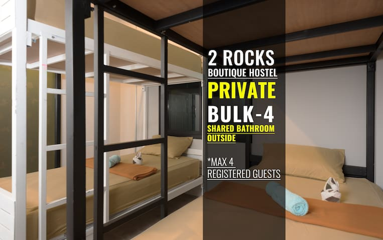 ROOM FOR 4 PERSONS @ 2 ROCKS Hostel Phangan