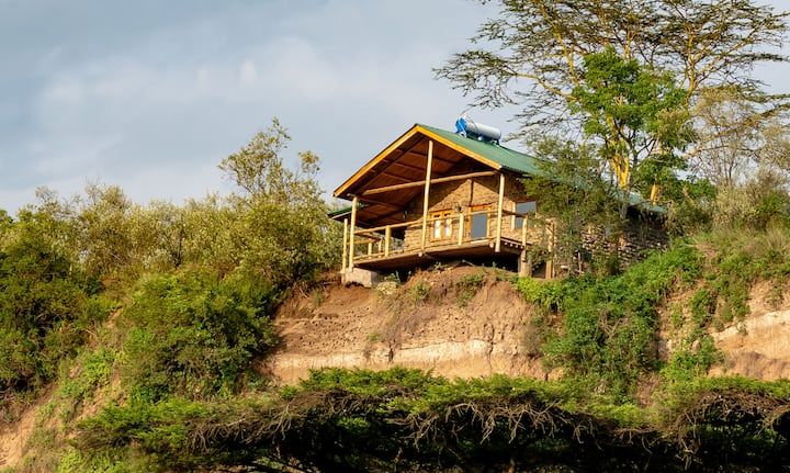 Honeymoon Hut - Romantic Rustic Luxury!