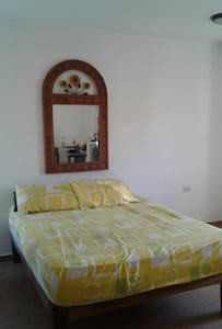 Rooms in House/Aparment in Mita close to the Ocean - 푼타 데 미타