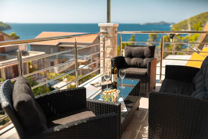 Fancy Apartments Dream - Comfort One Bedroom Apartment with Balcony ( 1 )