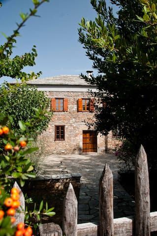 Traditional Stone Villa - Agios Lavrentios