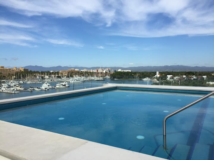 NEW Marina Nuevo Vallarta, Rooftop Pool 360 Views