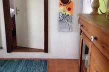 Kl.Wohnung ohne Küche. Nur Cafe Eck/und Microwelle