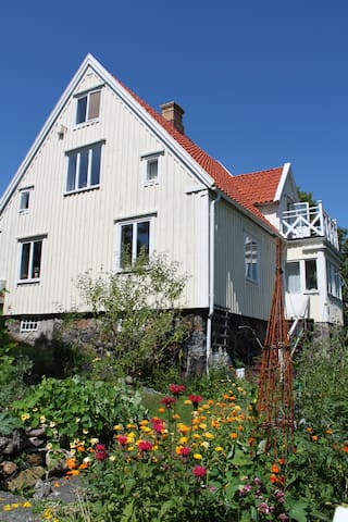 Charming apartment on Brännö island