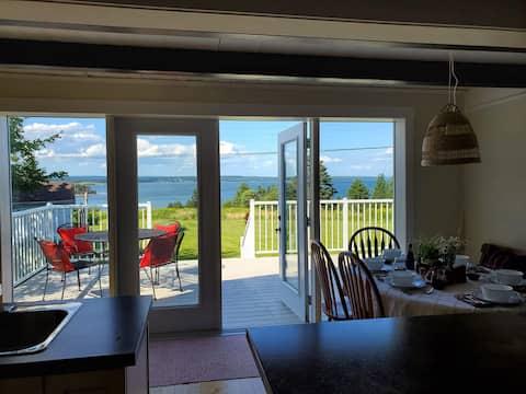 Cape Breton Cottage with Amazing Ocean Views
