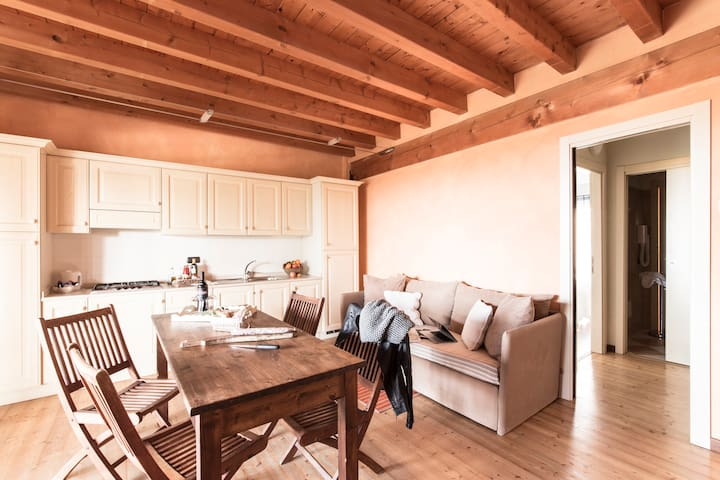 One bedroom apartment in farmhouse+swimming pools