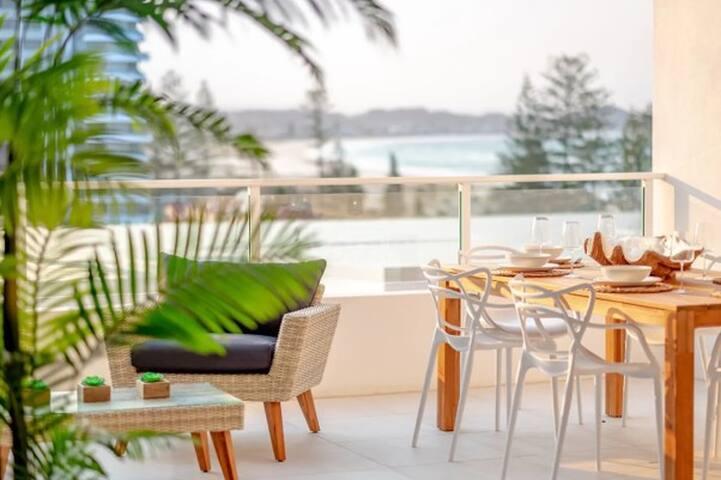 Elite 3Bd Beach Villa Ocean Views Dbl Garage &Pool