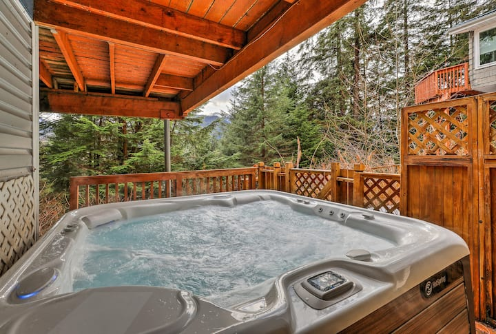 Juneau Escape - *SANITIZED* Hot tub/5 min downtown
