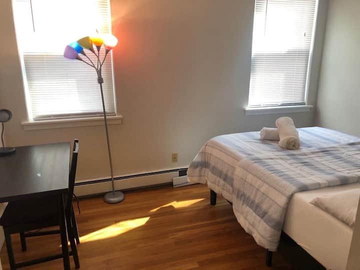 Beautiful private room at Harvard Sq 2