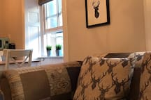 Edinburgh City Centre Apartment