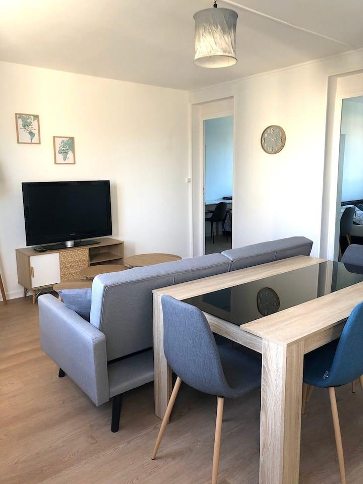 Chambre privé dans T4 (La Rochelle)