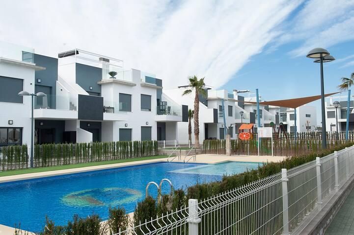 Appartement Lamar face à la piscine
