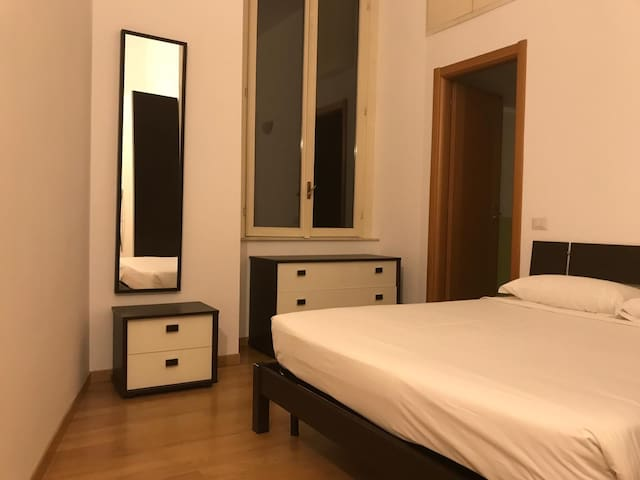 LIVING MILAN - CORSO COMO - 015146-CIM-01700